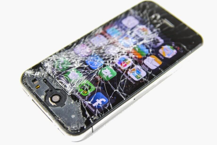 Iphone Repair Broken Display In Toronto 001a